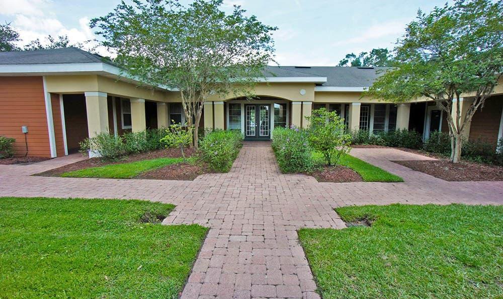 Grande Court Boggy Creek Courtyard in Kissimmee, FL