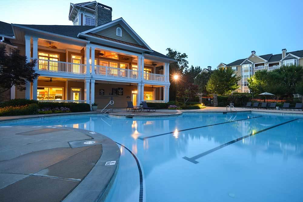 Dakota Mill Creek offers a refreshing pool.