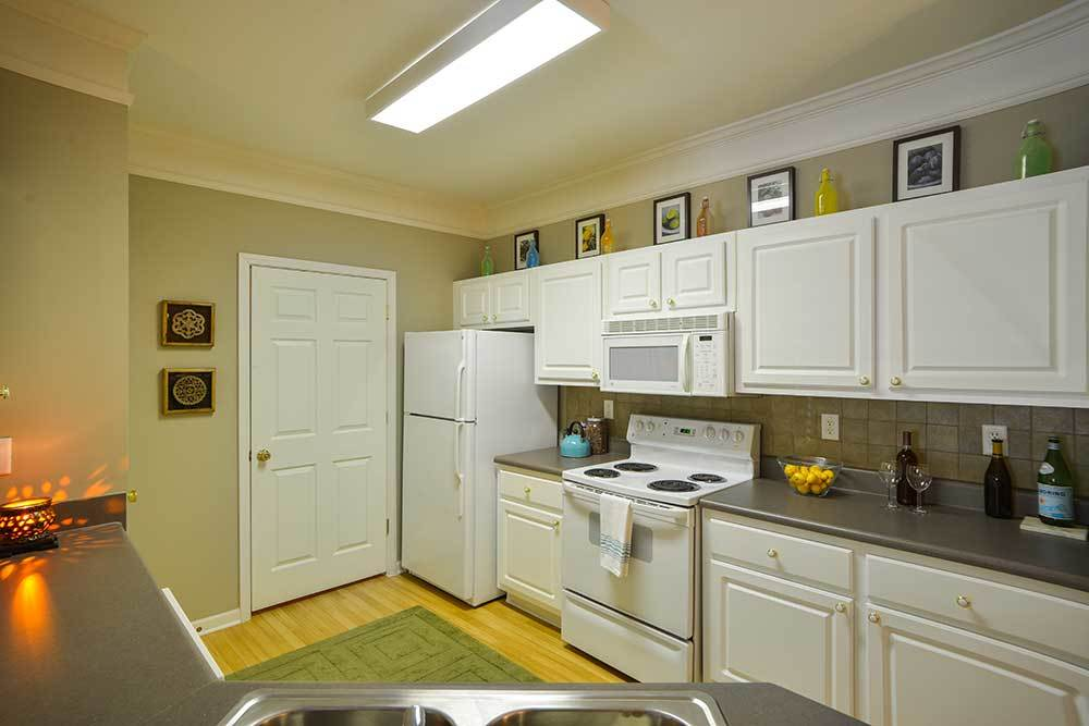 Dakota Mill Creek offers full sized kitchens in their apartment homes.