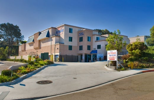 Front of office for Smart Self Storage of Solana Beach