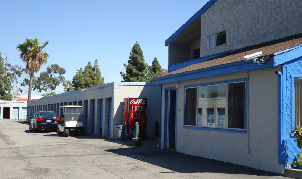 cerritos storage