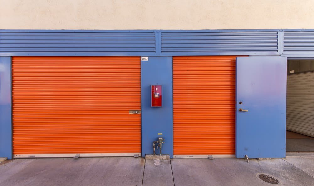 Outdoor self storage units in Anaheim
