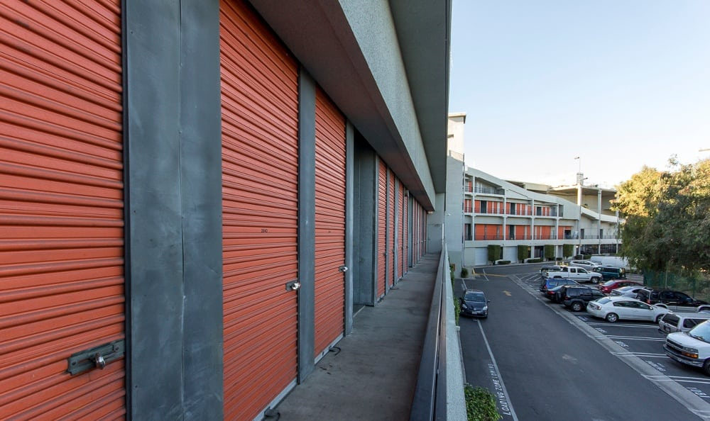 Clean storage units in Van Nuys, CA