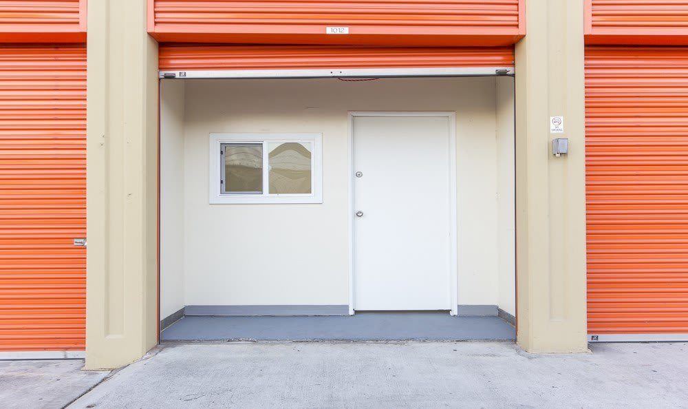 Business units available at Redondo Torrance MiniStorage