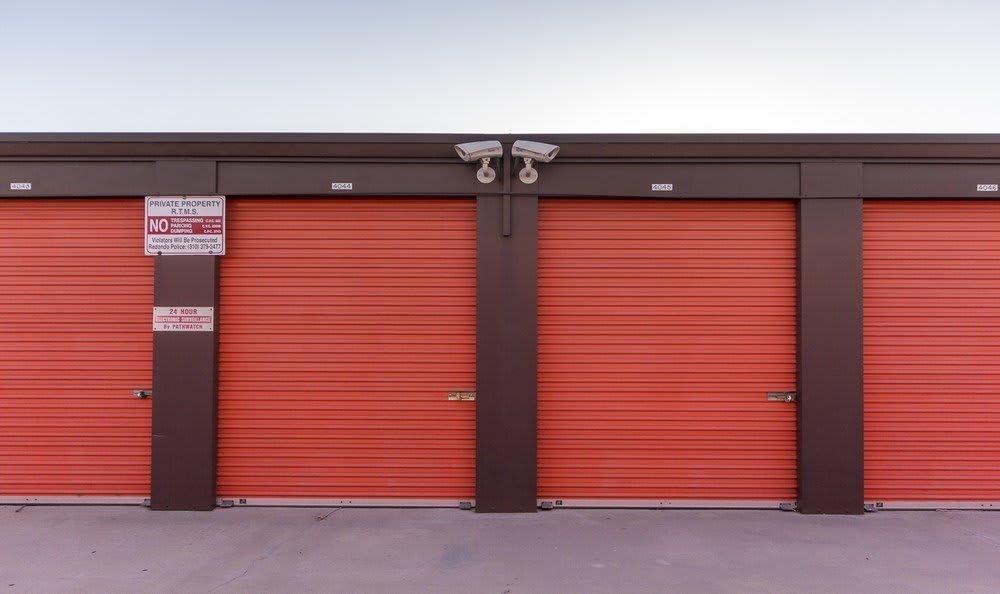 Garage units at Redondo Torrance MiniStorage