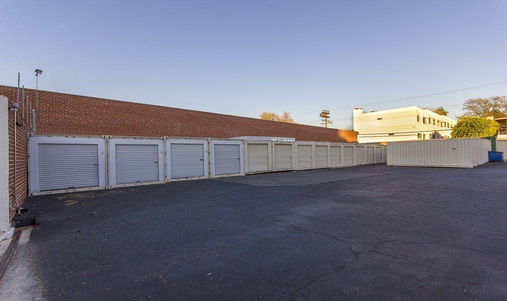 Drive up storage units at Pasadena MiniStorage