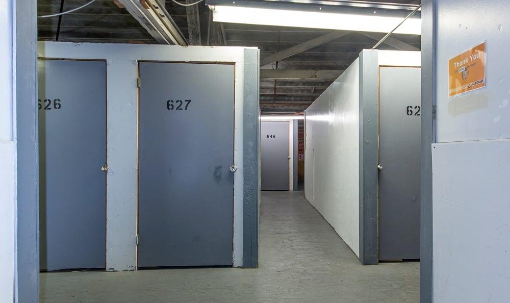 Secured storage units in Pasadena, CA