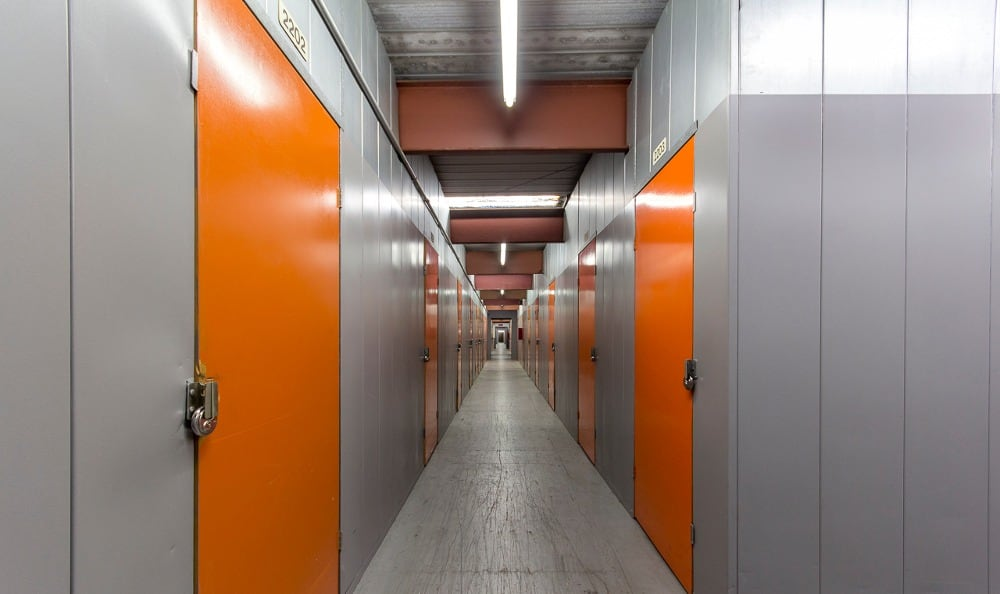 Indoor storage units in Paramount, CA