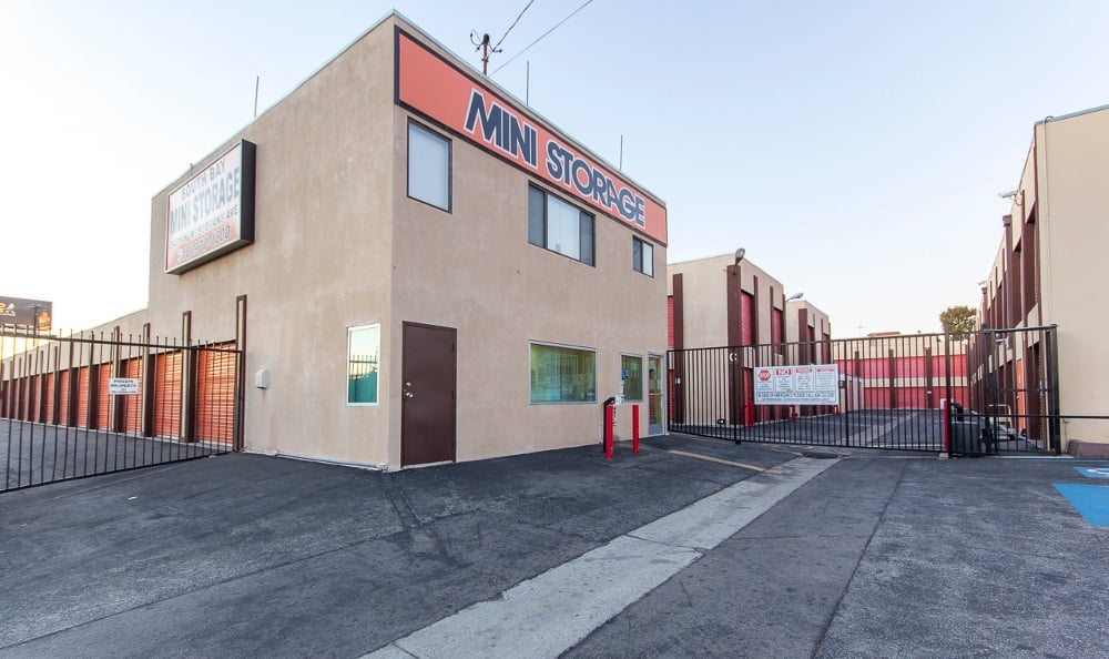 Secure storage facility in Hawthorne, CA