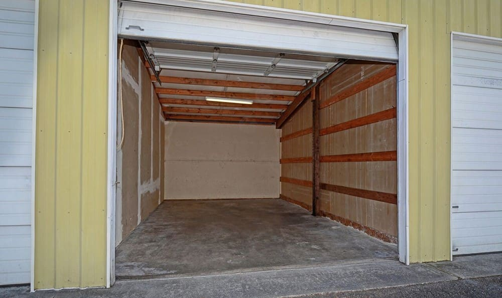 Roll Up Door Units At Self Storage In Tacoma Washington