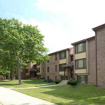 Apartments at the bluffs in columbia md hendersen webb inc - 2 bedroom apartments in columbia md ...