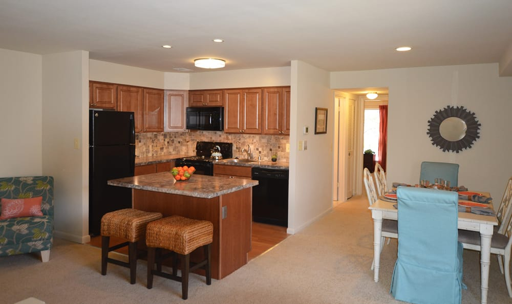Photos Of Cranbrook Hills Apartments In Cockeysville Maryland