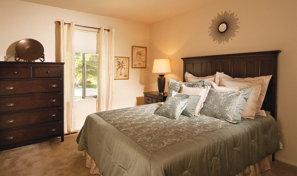 Spacious bedrooms at Hartland Village Apartments in Essex