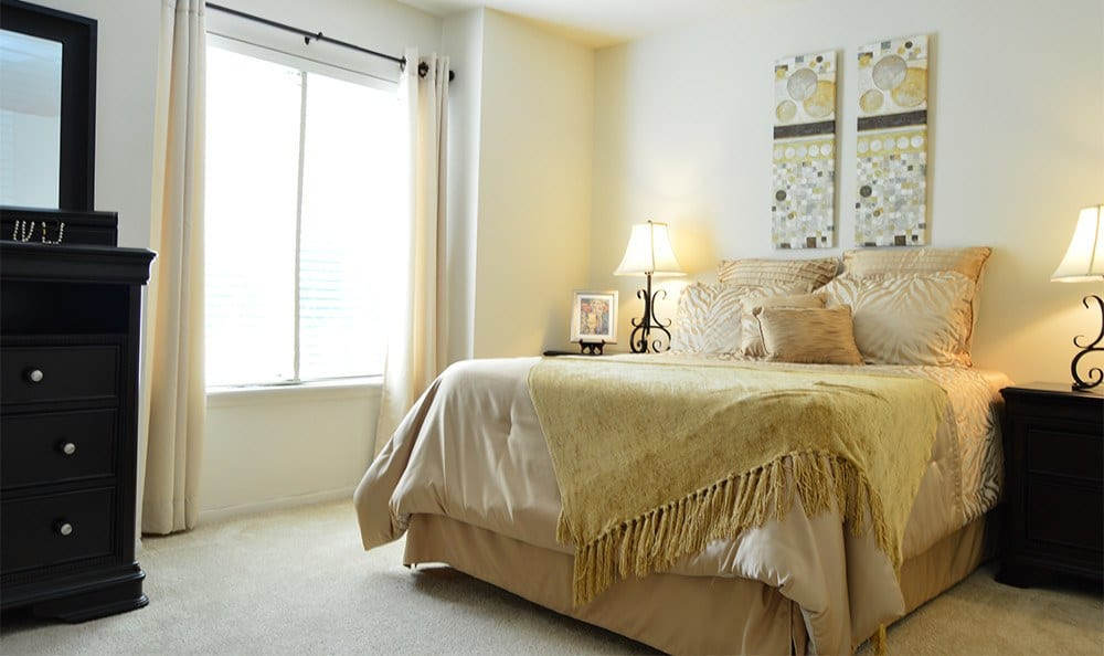 Large bedrooms at our apartments in Glen Burnie, MD