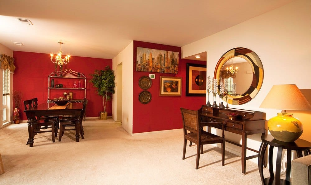 Apartments in Cockeysville MD have elegant dining rooms