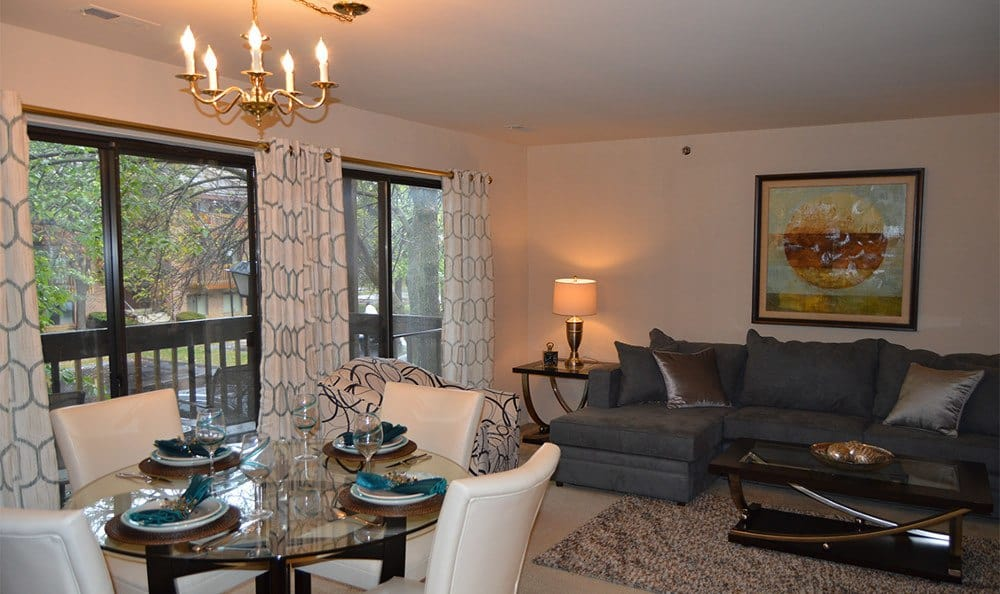 Designer living rooms here at Shade Tree Trace Apartments