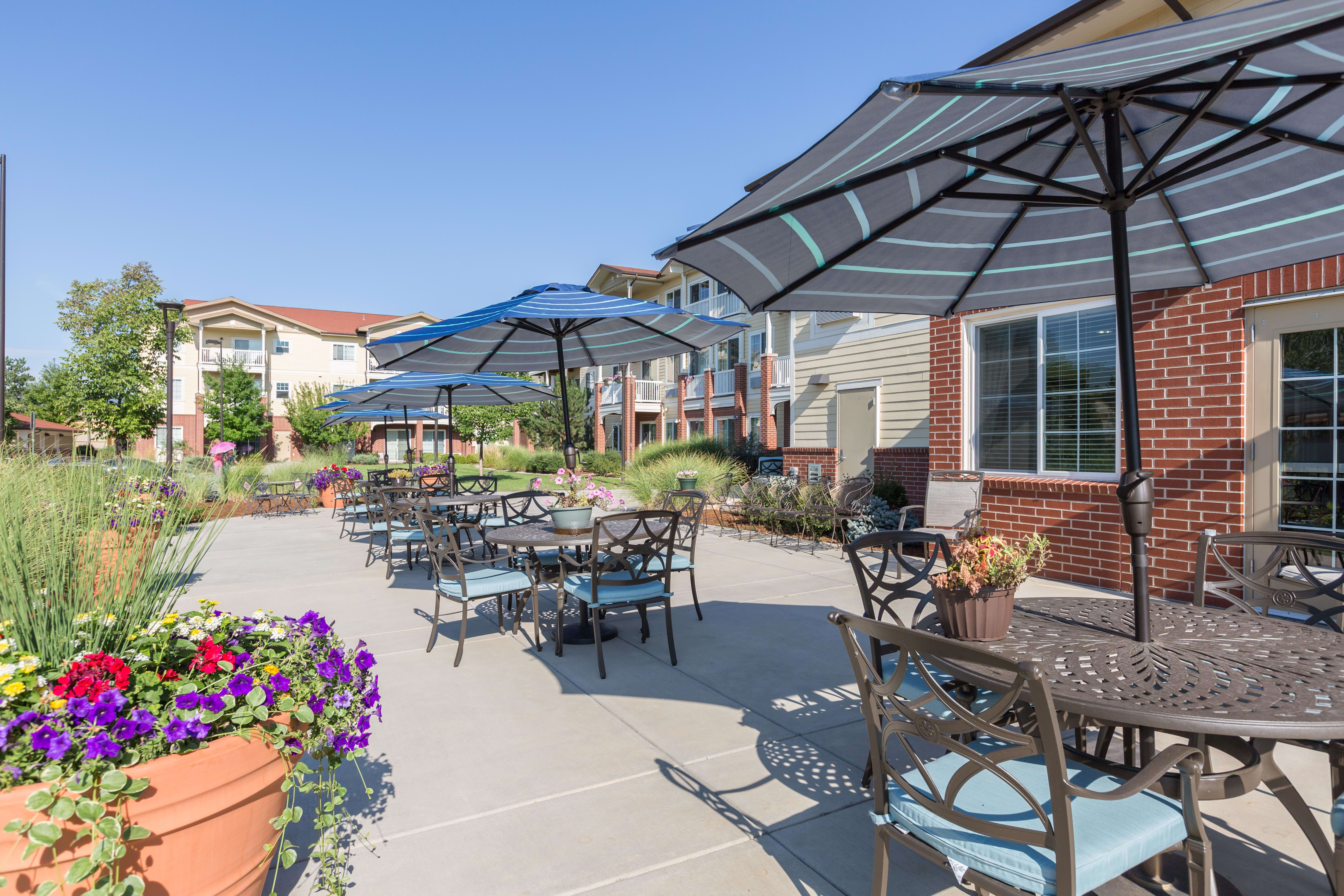 Back patio area at Lakeview Senior Living