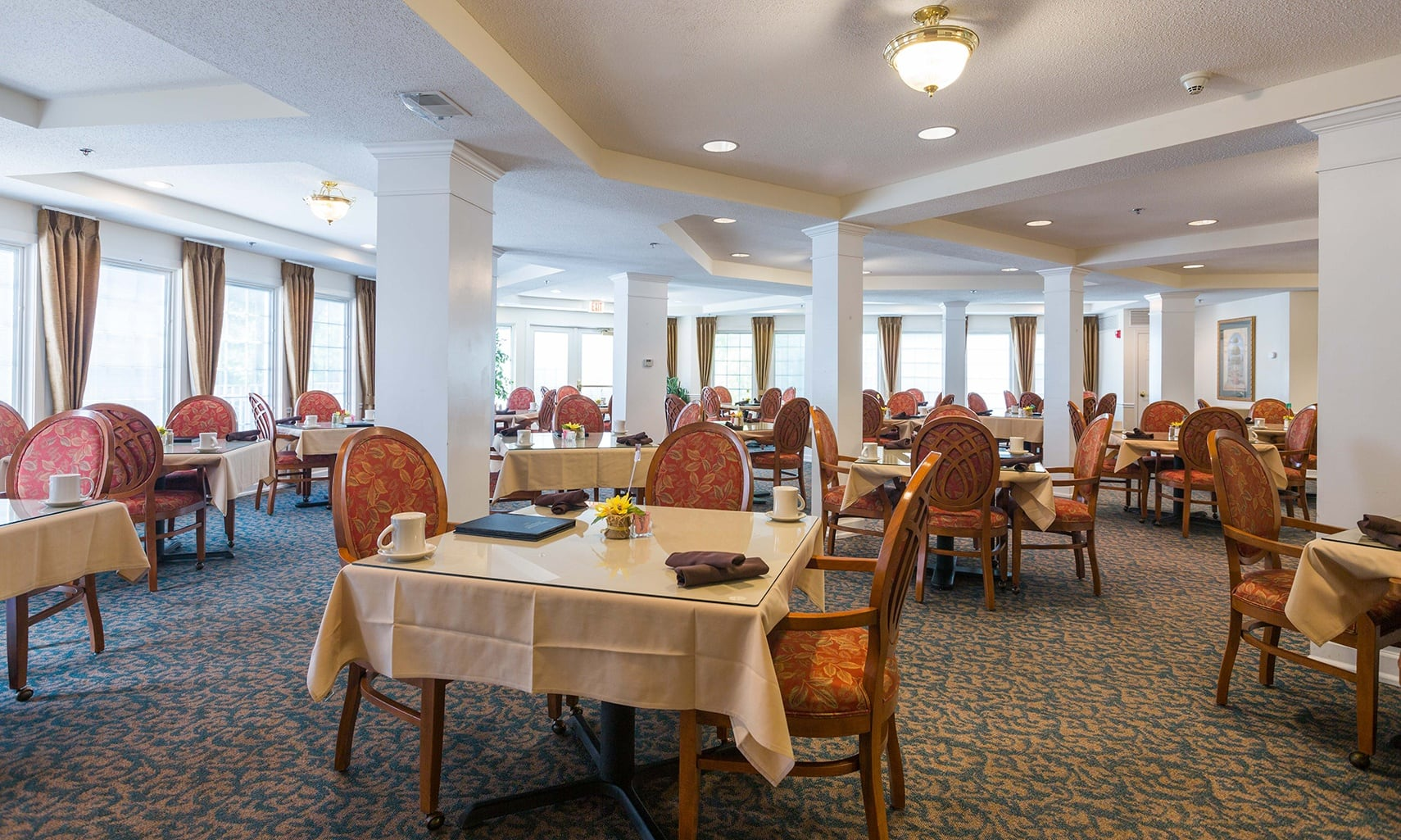 Dining room at The Homestead at Hickory View Retirement Community