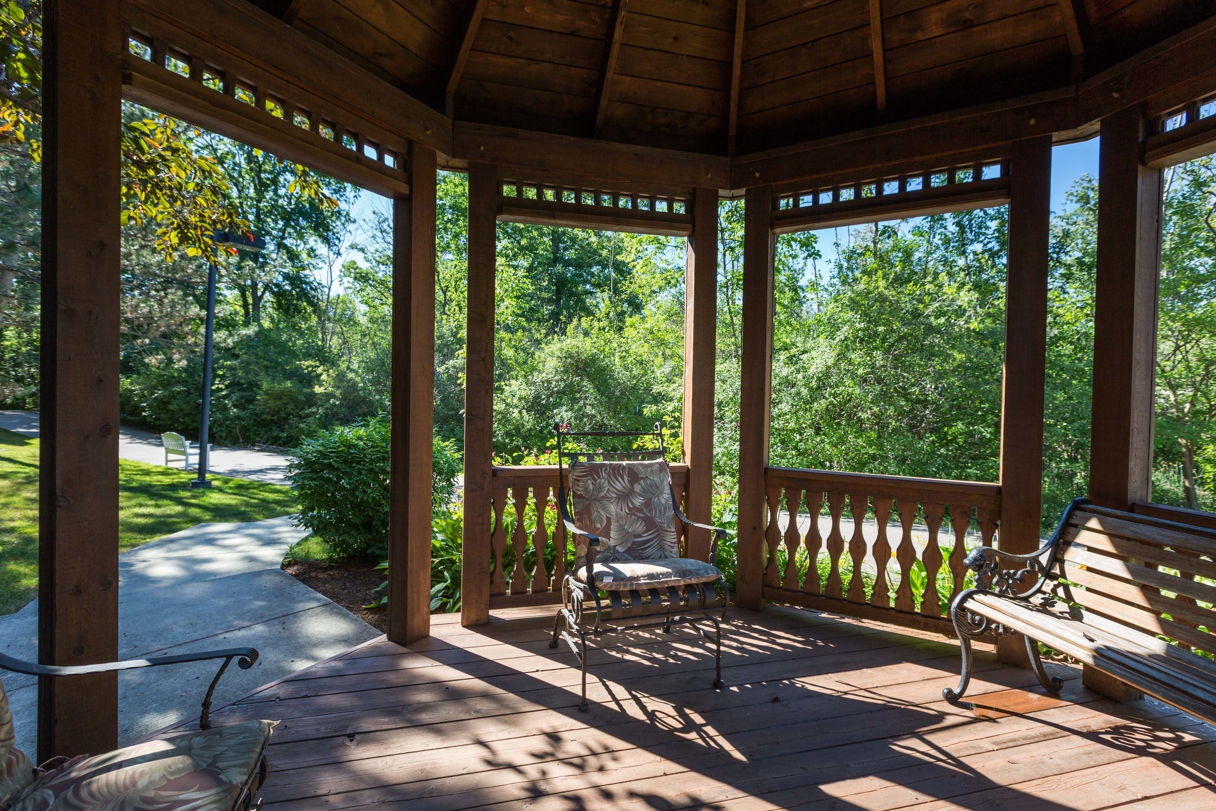 Screened in Porch at Villas of Shelby