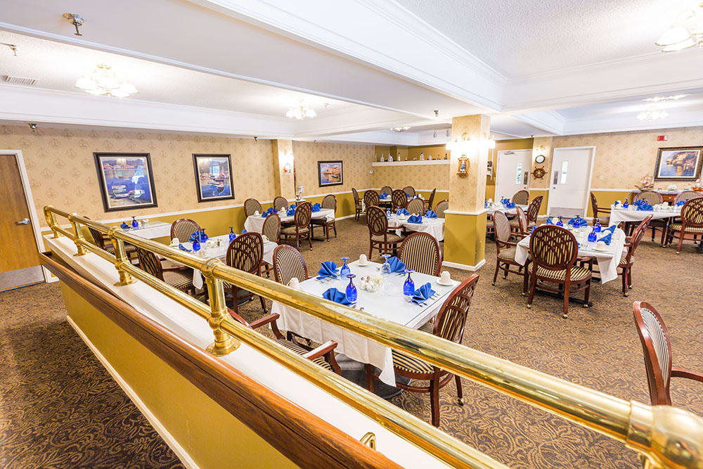 Dining Room of Westlake OH Senior Living Community