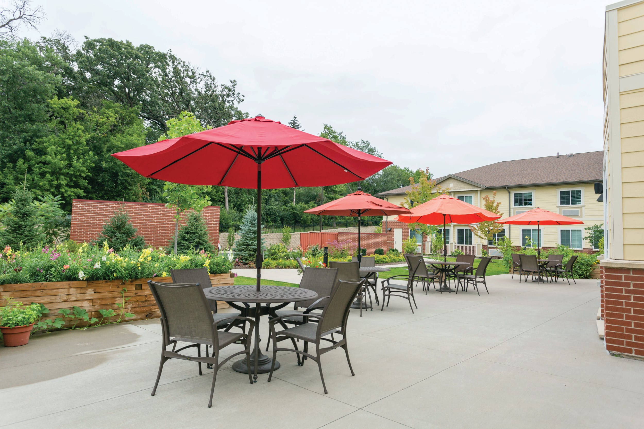 Careers at Three Oaks Assisted Living & Memory Care in Cary, IL