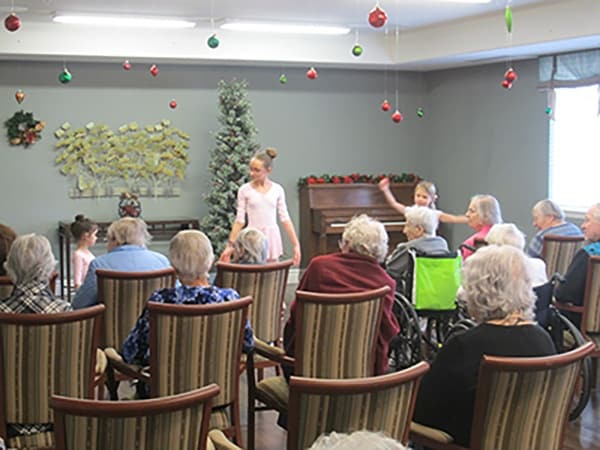 Palmilla Senior Living offers many activities for residents.