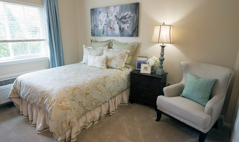 Spacious bedrooms at our Lake Zurich senior living facility