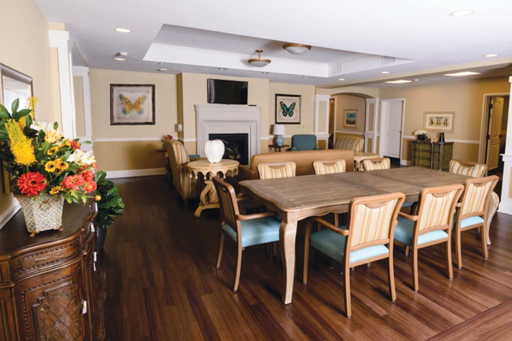 Dining At Our Fishers In Senior Living Community