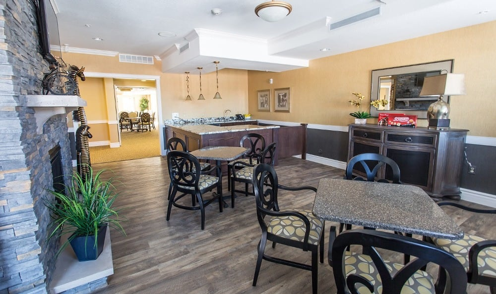 Bistro at Gardens at Ocotillo Senior Living in Chandler, AZ
