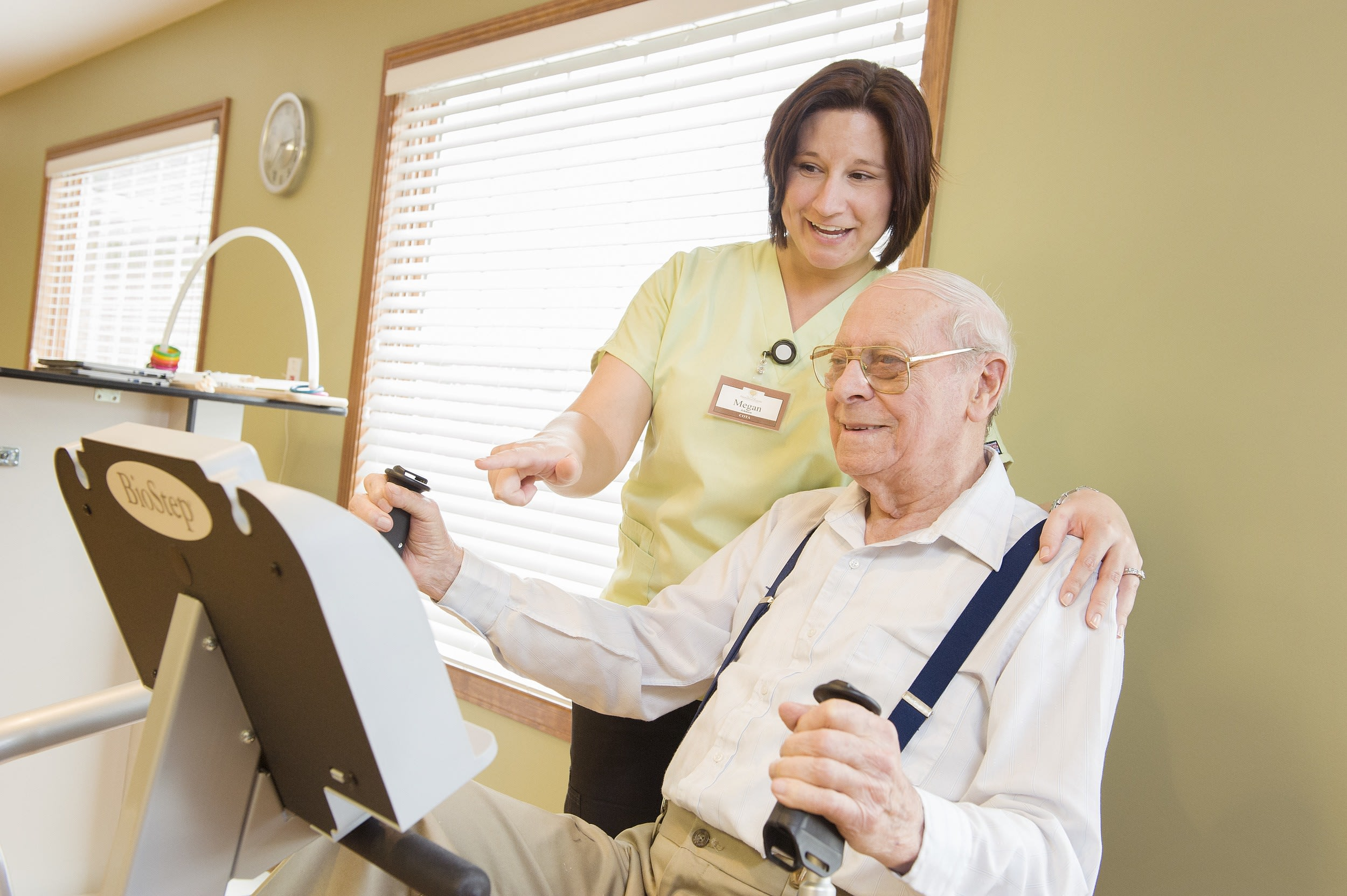 Physical therapy rehab services at Colonial Oaks Retirement Community
