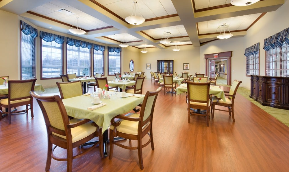 Fine dining at our skilled nursing facility in , IN