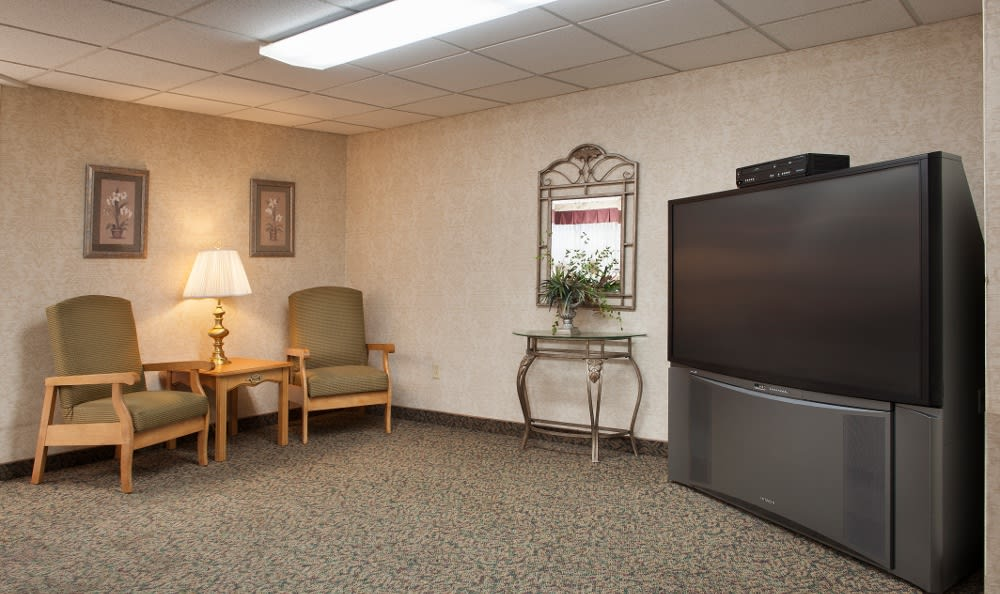 Our Albany, IN senior living facility has excellent entertainment options