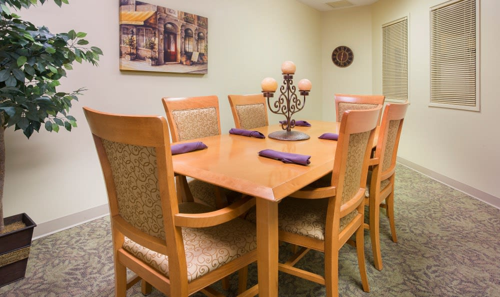 Private dining at senior living in Marion, IN