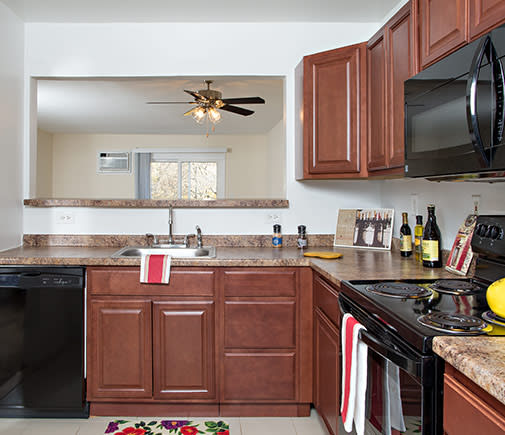 2 Bedroom Townhomes, 1 & 2 bedroom apartments in Ossining, NY