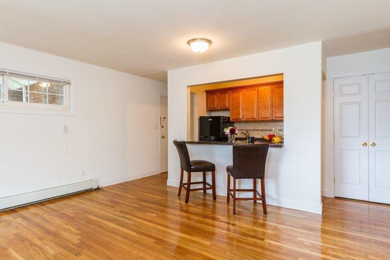 Apartments in Mineola, NY