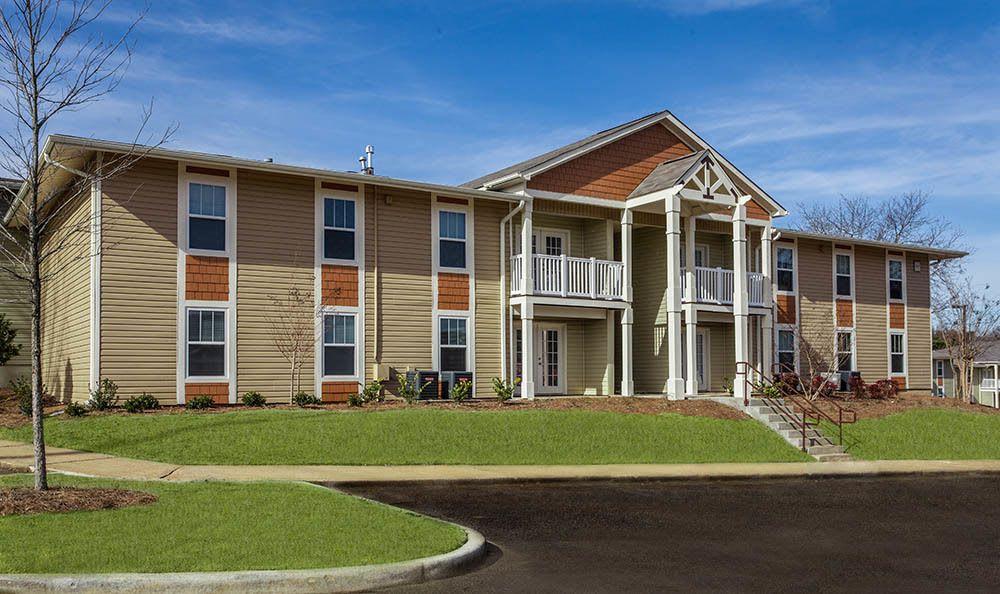 Huntsville apartments facade