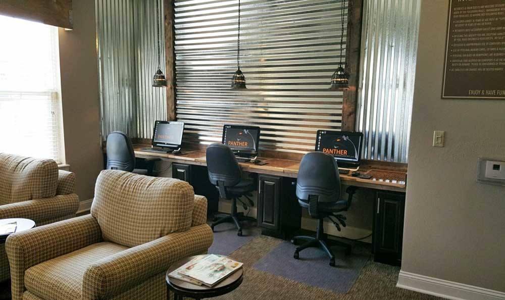 Murfreesboro Apartments Business Center