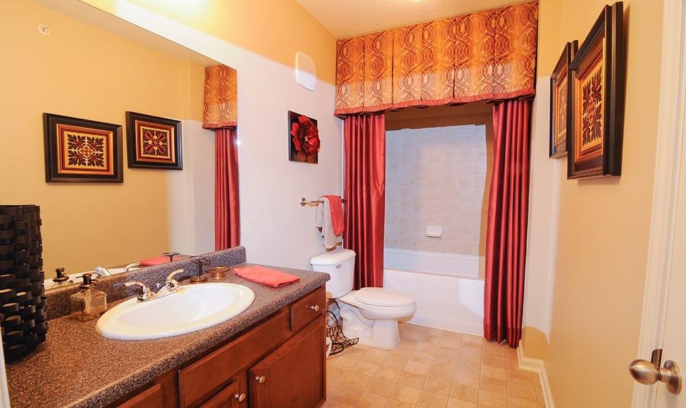 Bathroom at apartments in Cordova