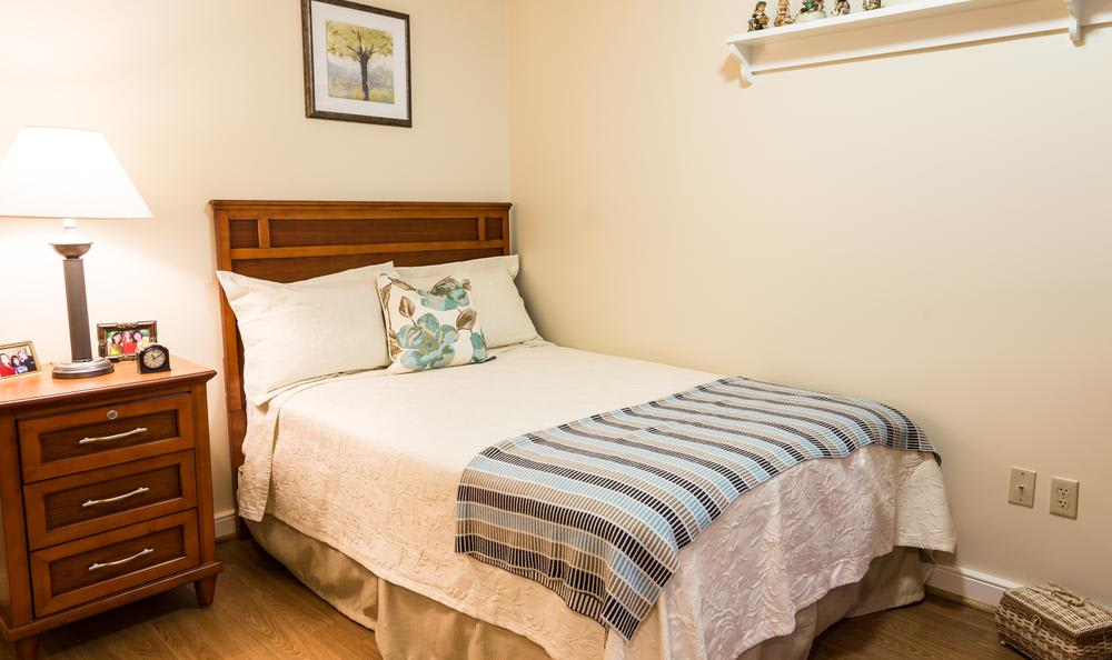 Bedroom at Artis Senior Living of West Shore in Lemoyne