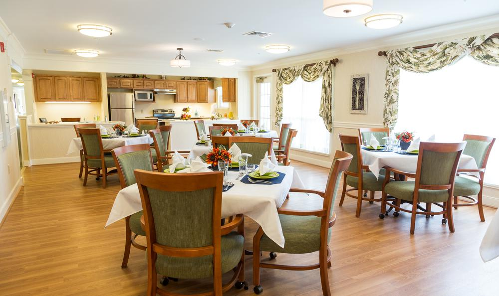 Common dinning room at Artis Senior Living of West Shore in Lemoyne