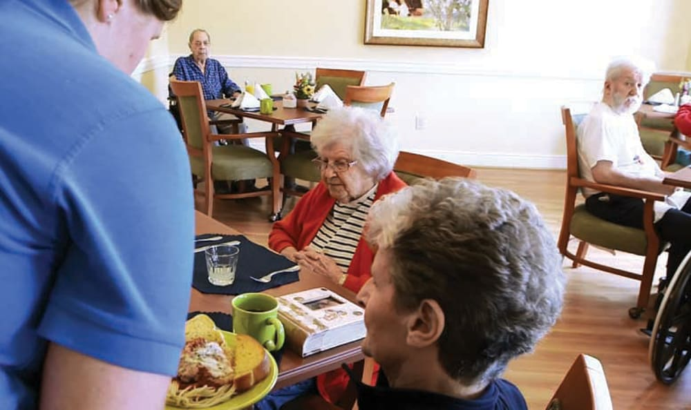 Artis Senior Living includes delicious dining options