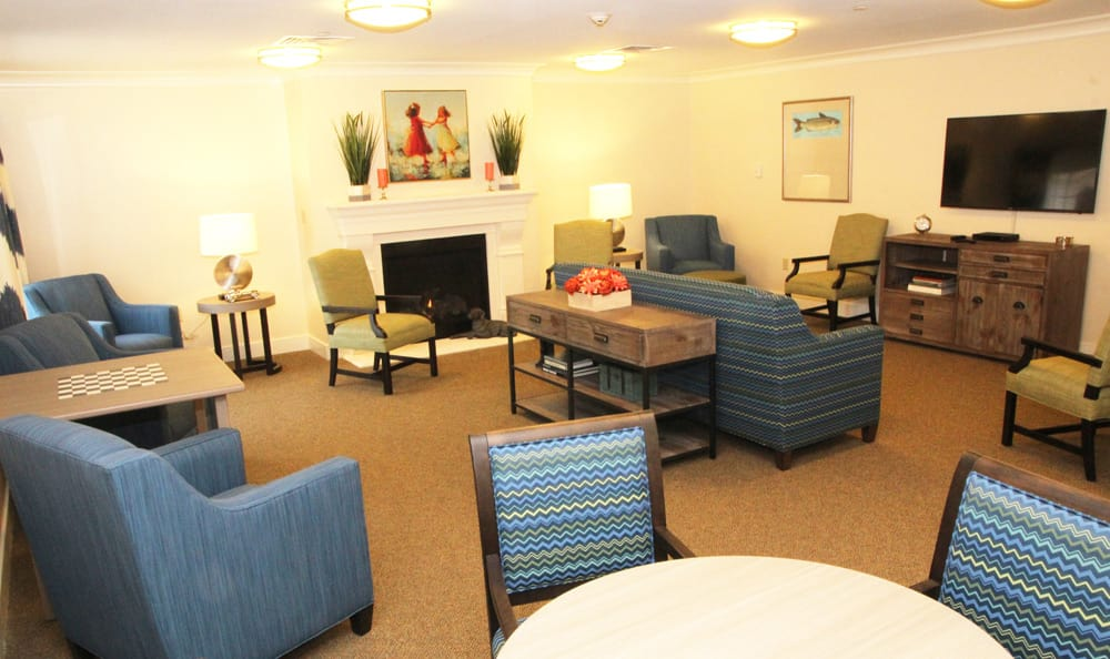 Lounge at senior living in Branford