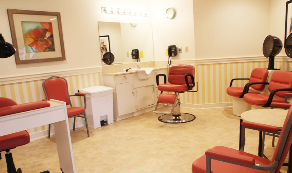 Senior living in Branford features a salon