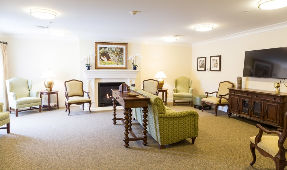 Lounge at Artis Senior Living of Huntingdon Valley