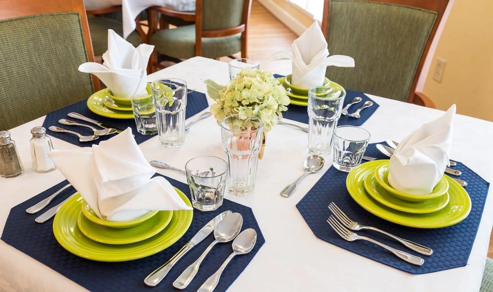 Elegant dining at Lower Moreland senior living