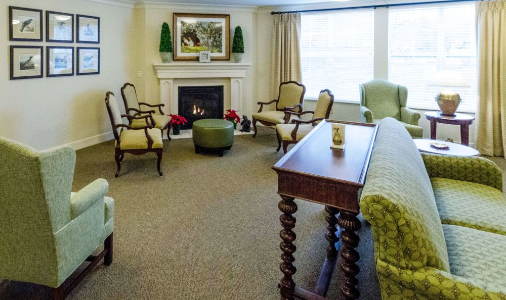 Clubhouse living room at Artis Senior Living of Princeton