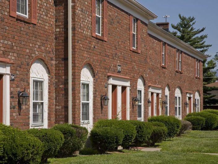 doors to apartments in Clarksville, IN