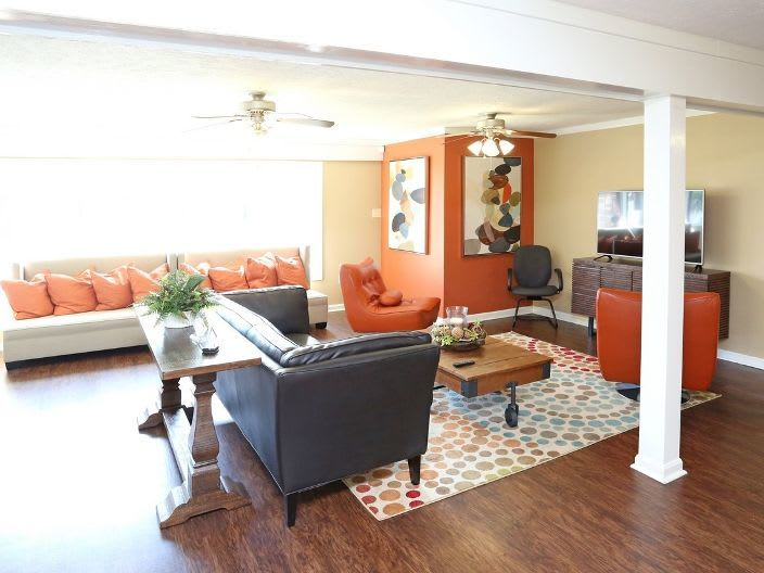 living room at apartments in Clarksville, IN