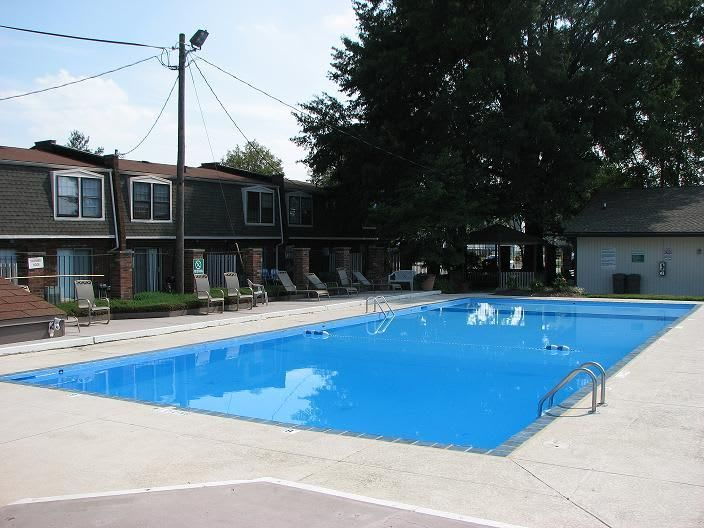 swimming pool to apartments in Clarksville, IN