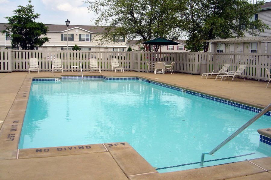Swimming pool at apartments in Gallatin, TN